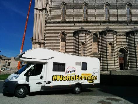 #NonCiFermateTour