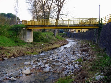 Ponte sul torrente Carcaione