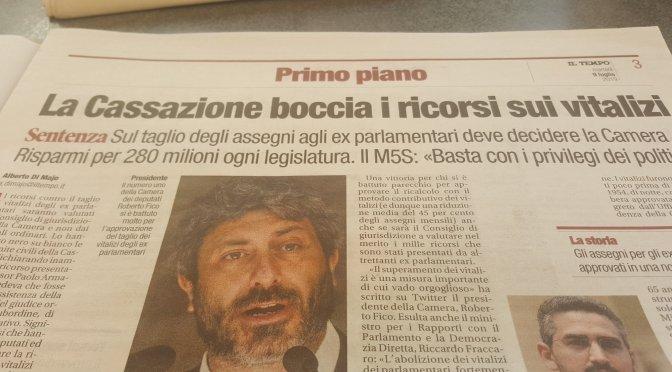 Abolizione Vitalizi. Roberto Fico orgoglioso. L'avv. Vergaglia: attenzione all'autodiachia
